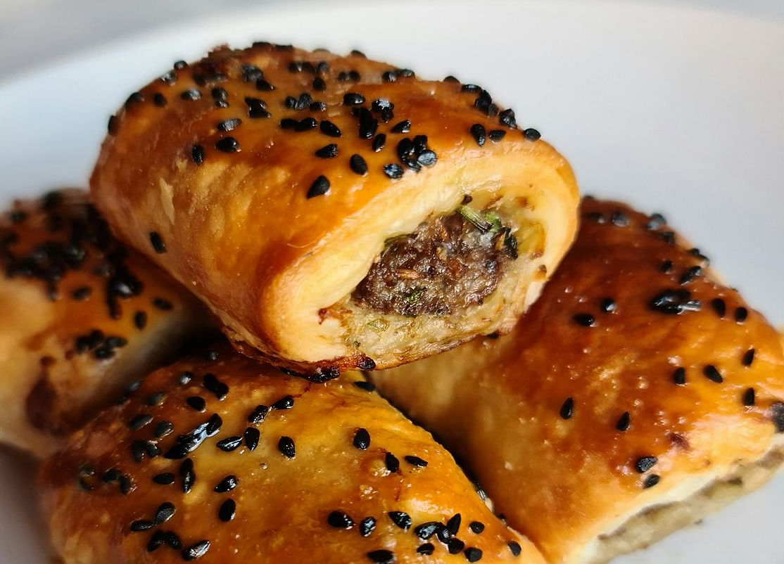 Star Chef's Recipe for Lamb Sausage Rolls With Middle East Spices