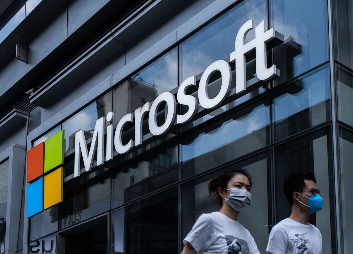 Microsoft Vows to Challenge Government Requests For User Data