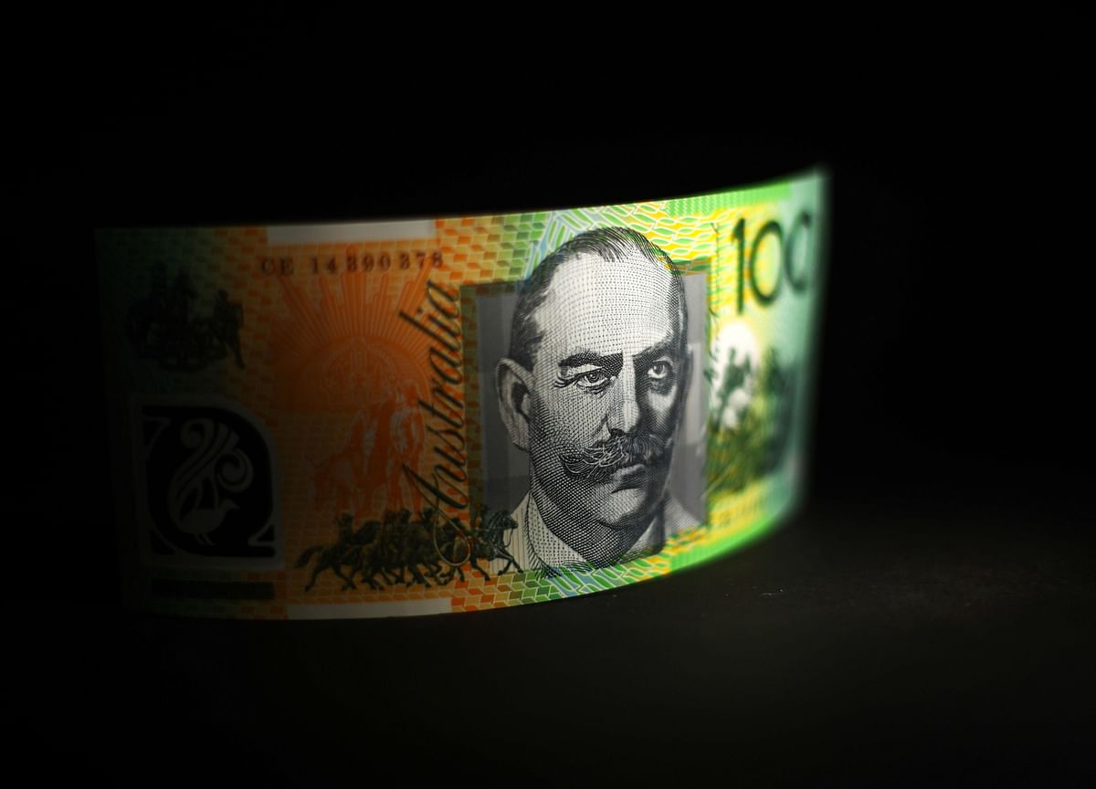 Australia Fires Up Fiscal Policy in Race to Revive Employment