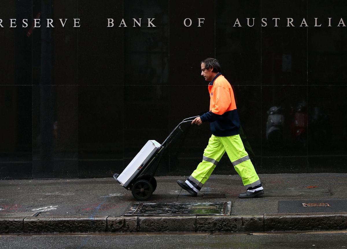 Australia to Lay Out Fiscal Blueprint to Generate Growth, Jobs