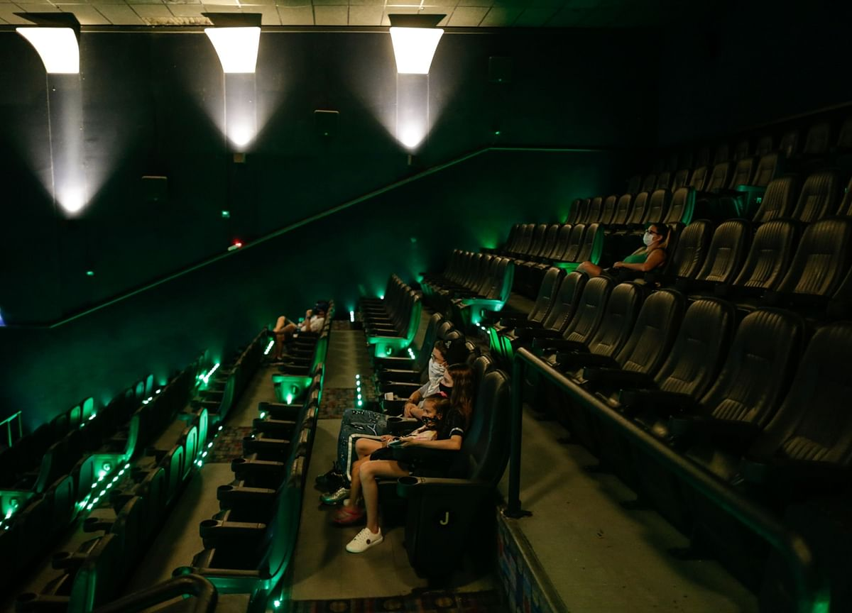 'No Time to Die' Delay Shows Plight Facing Theater Chains