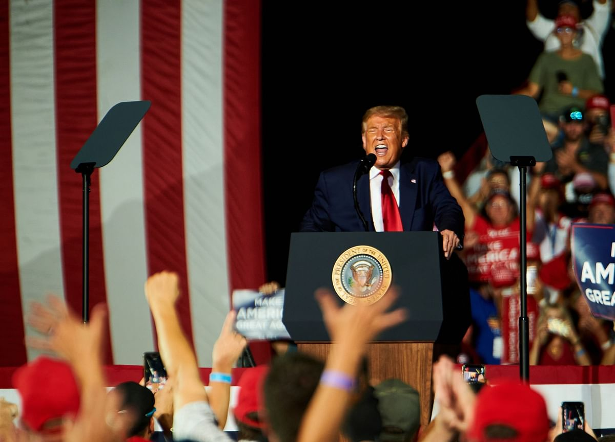 Covid-19 Soars in Red States as Trump Restarts Rallies
