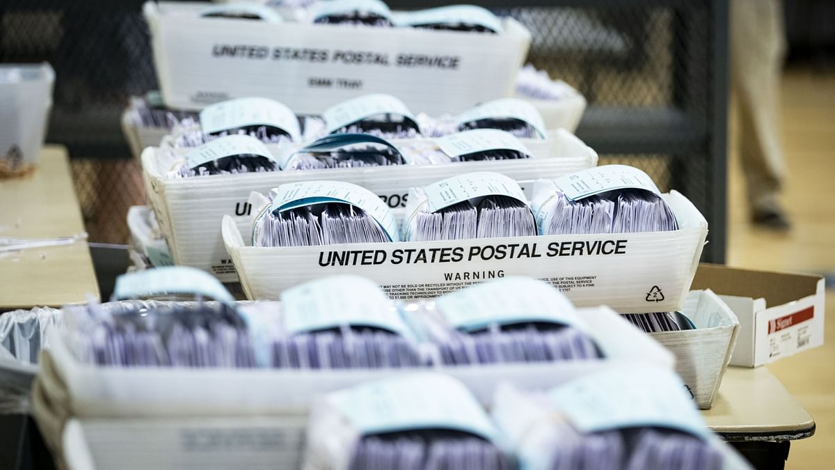 USPS Ordered To Restore High-Speed Machines For Election Mail