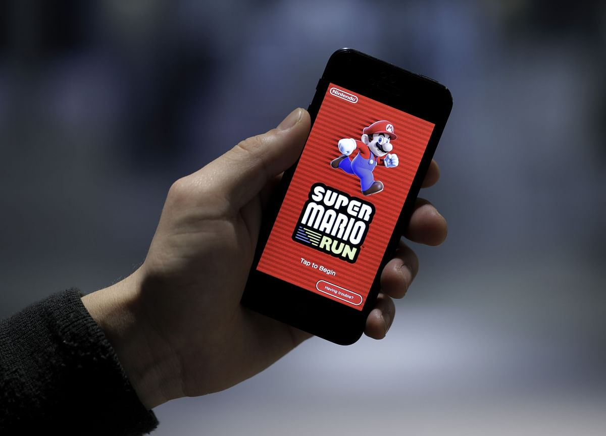 Apple Sued Over Alleged Mobile Game Monopoly for Arcade