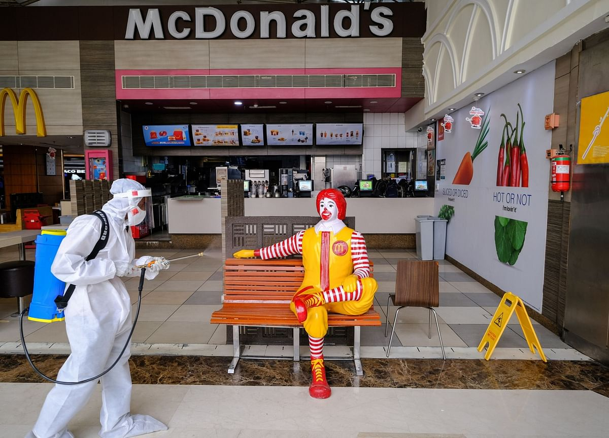 McDonald's Celebrity Buzz Fuels U.S. Growth as Overseas Lags