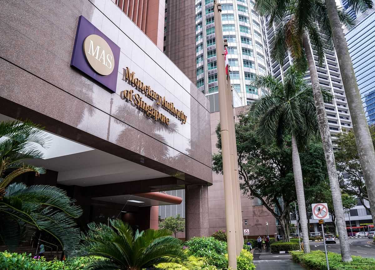 Singapore Central Bank Cedes to Fiscal Punch: Decision Guide