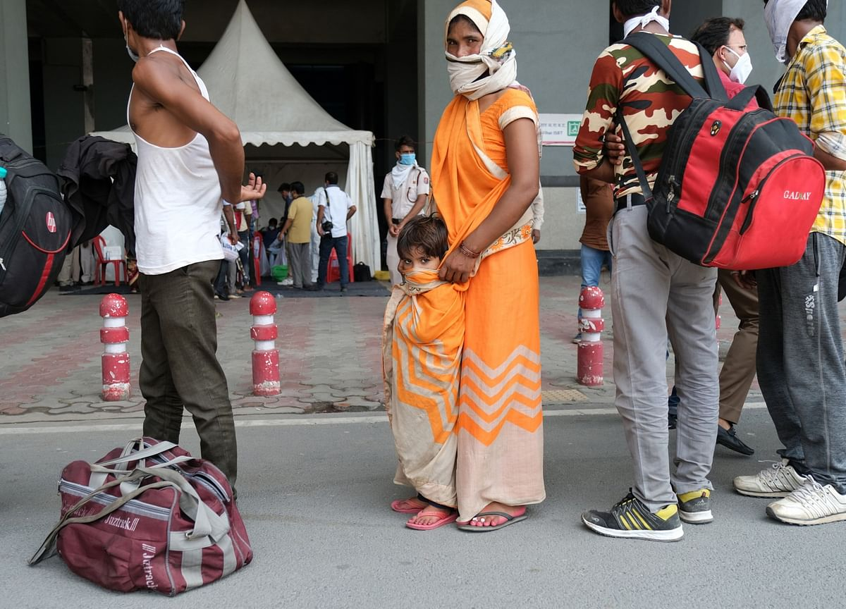 For India's Migrant Workers, All Roads Lead Back To Cities