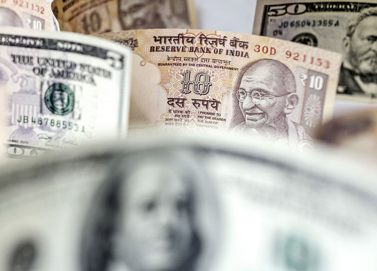 Indebted India Firms May Get a Reprieve as Dollar Loans Rebound