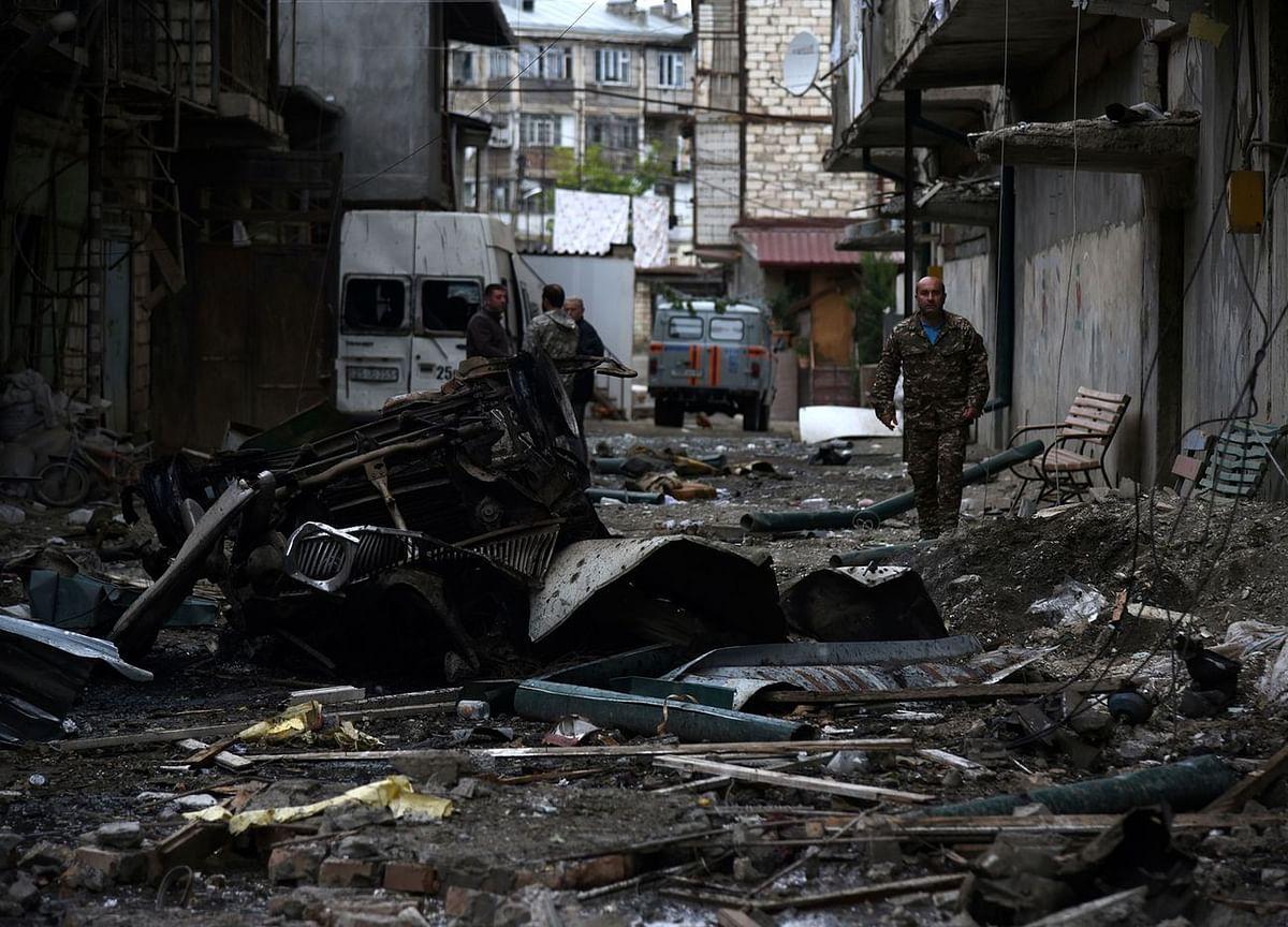 Iran Warns Azerbaijan and Armenia Over Fighting Near Border
