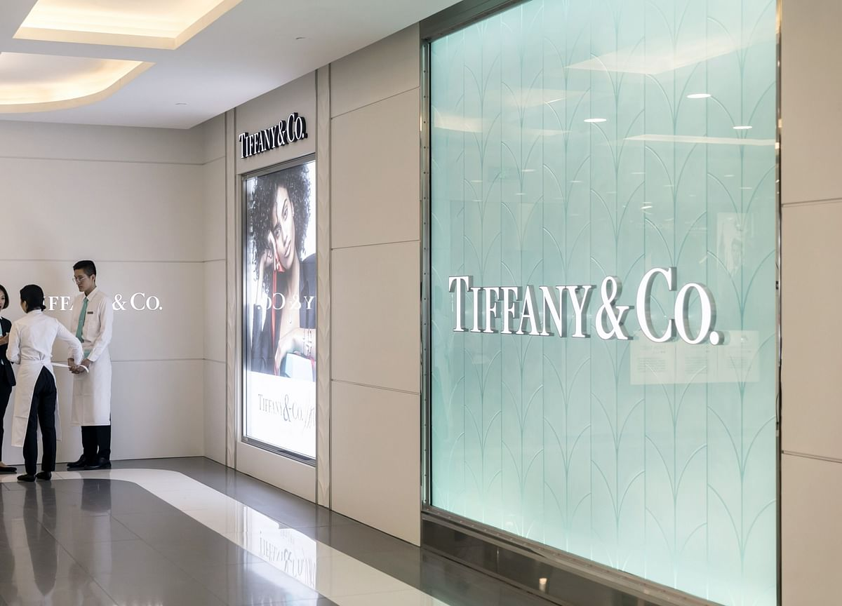 LVMH Revives Biggest Luxury Deal by Settling Tiffany Dispute