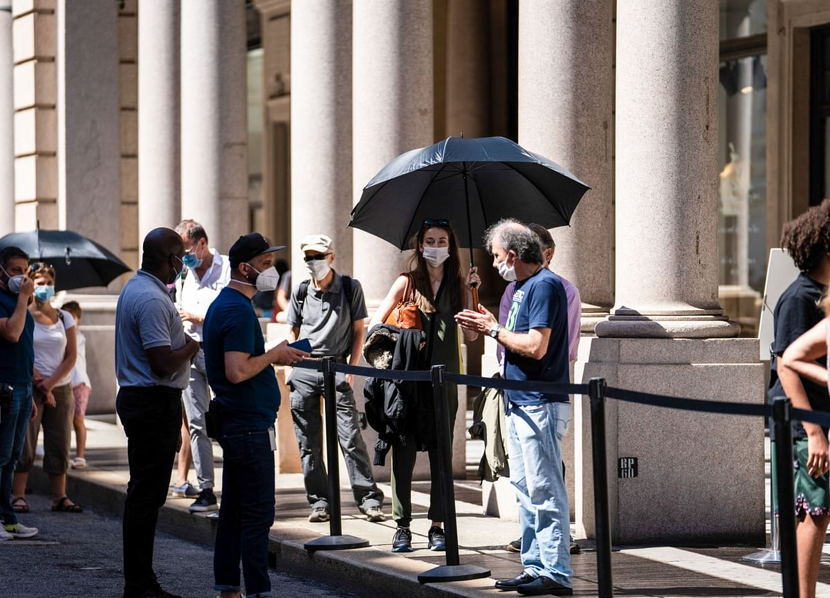 Italy Won't Defuse Time Bomb at Heart of Euro Anytime Soon