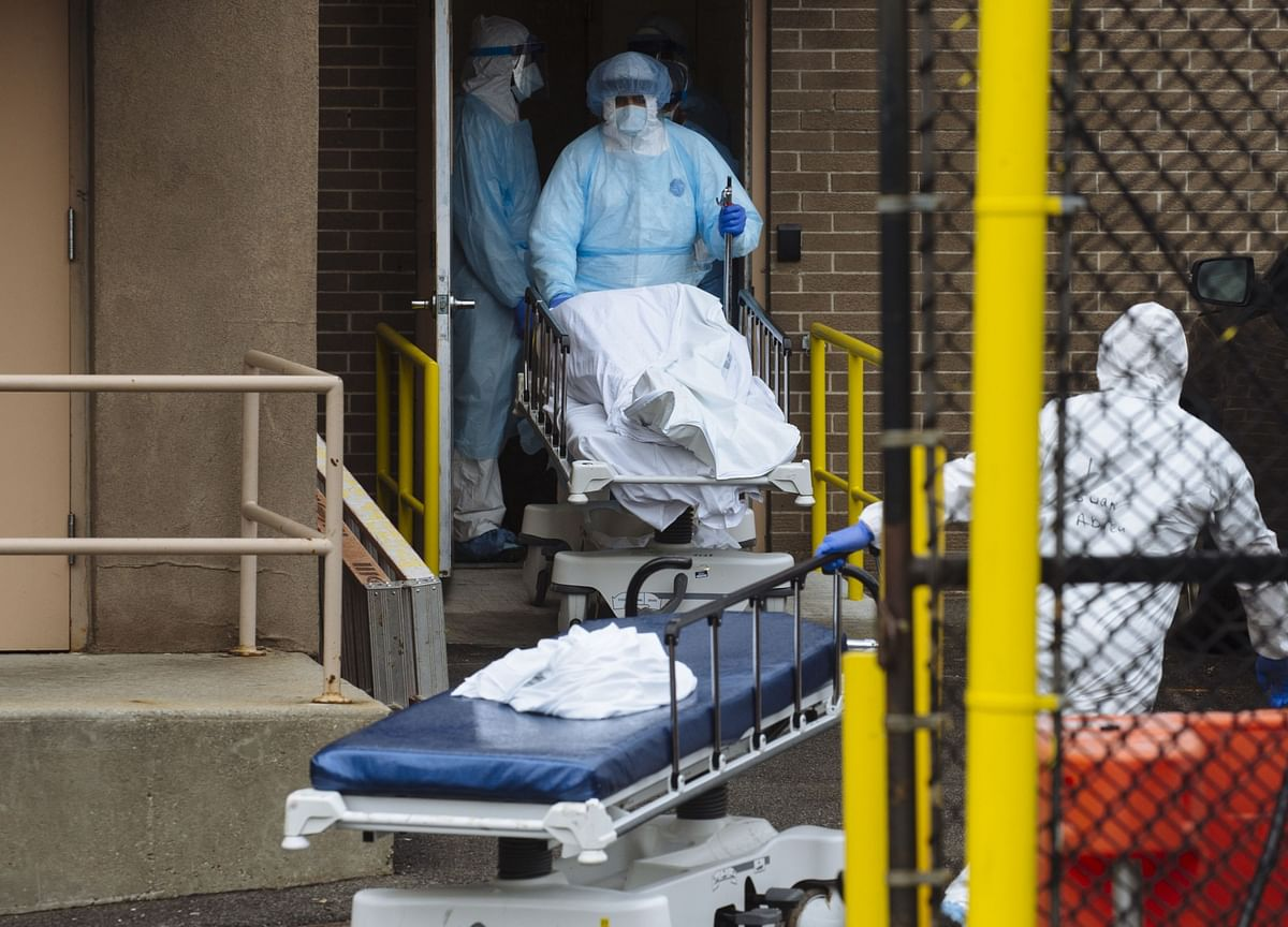 U.S. Covid-19 Deaths Are Rising Again, Led by Midwest, West