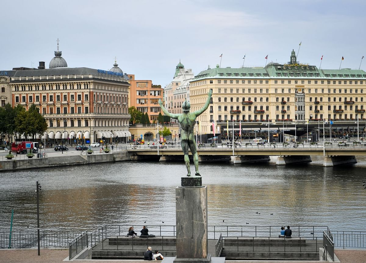 Sweden's Top Banker Weighs In on Controversial Covid Plan