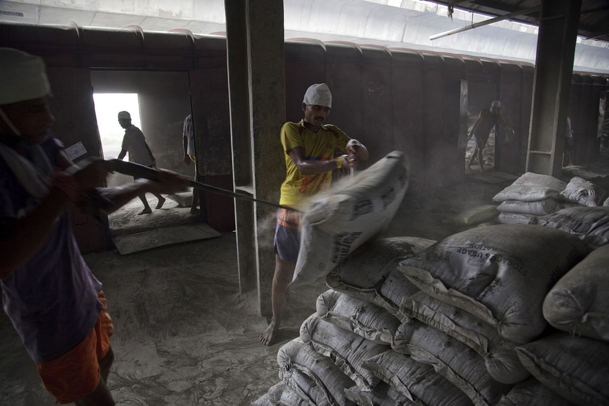 India Cements' Shares Gain After Damani Brothers Raise Stake