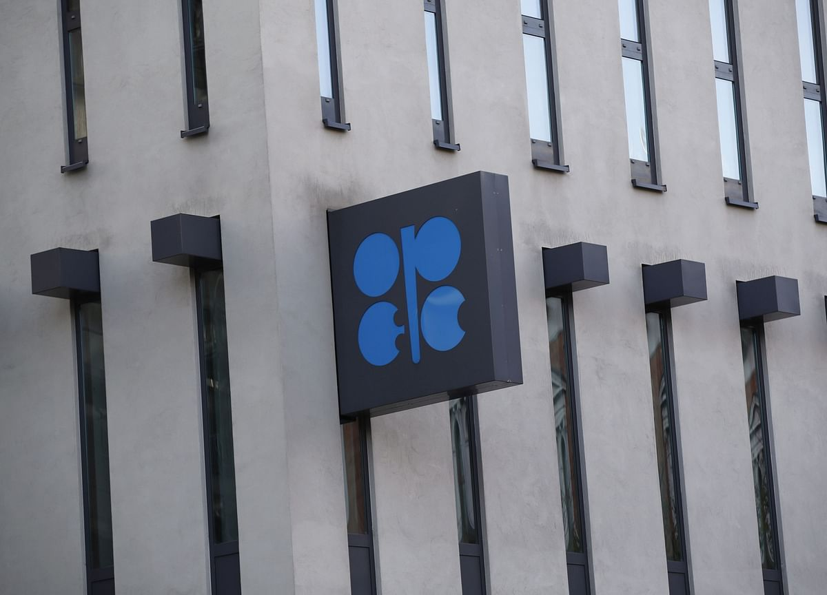 OPEC+ Works Silently to Repair Crack at Oil Coalition's Core