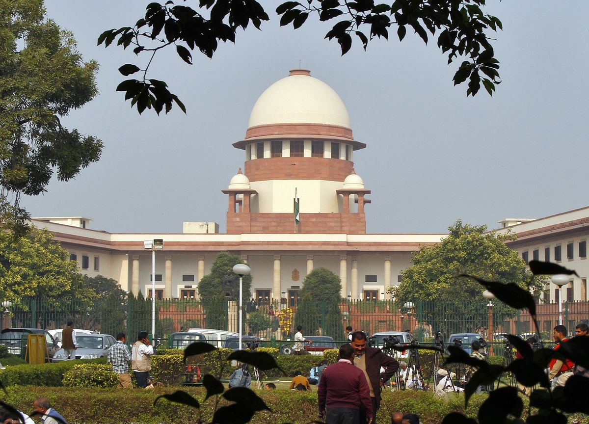 Supreme Court Pulls Up Authorities, Says Covid-19 Norms Being Flouted By People