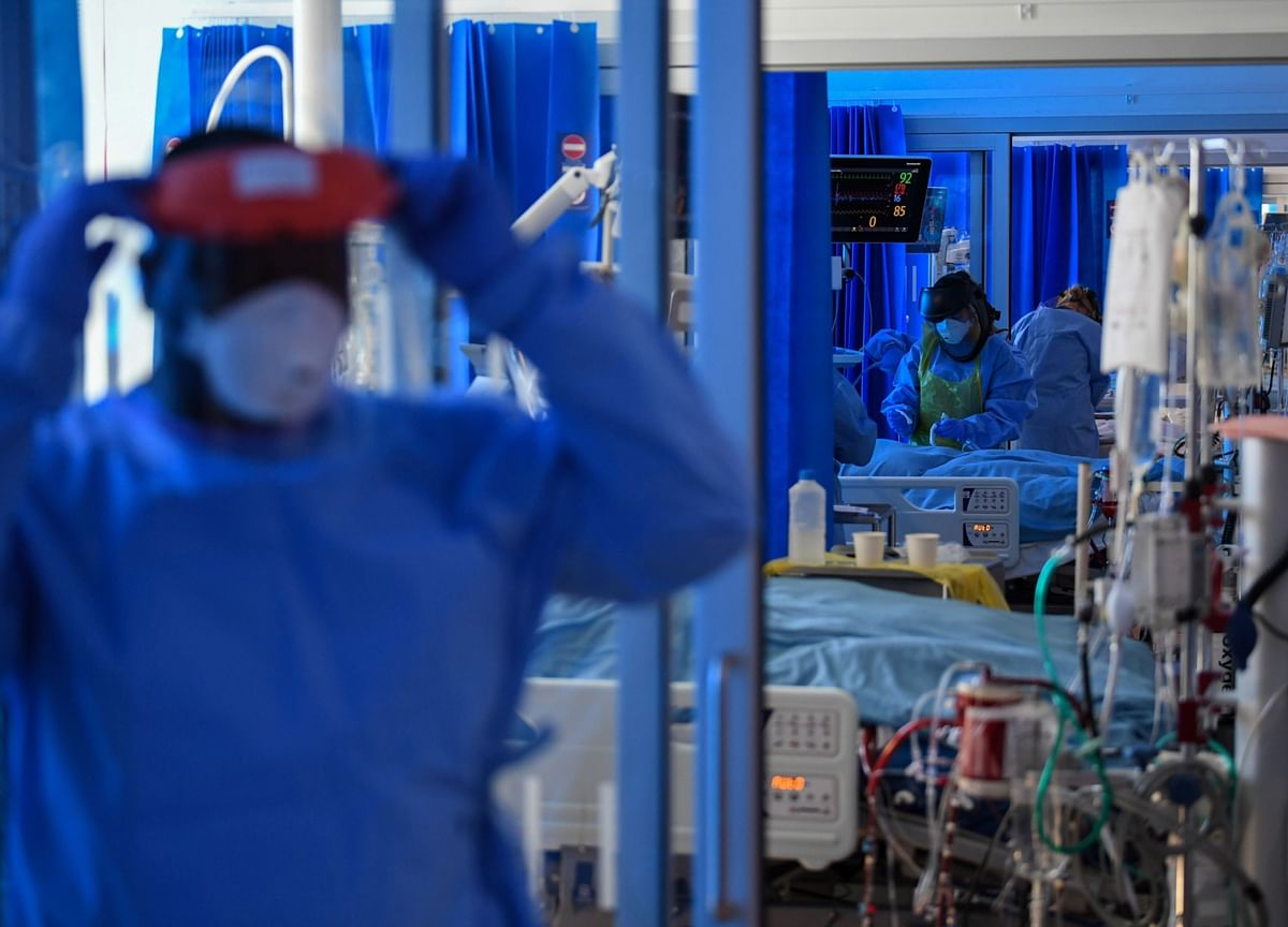 U.K.'s Pandemic Response 'Too Slow' and Cost Taxpayers Billions