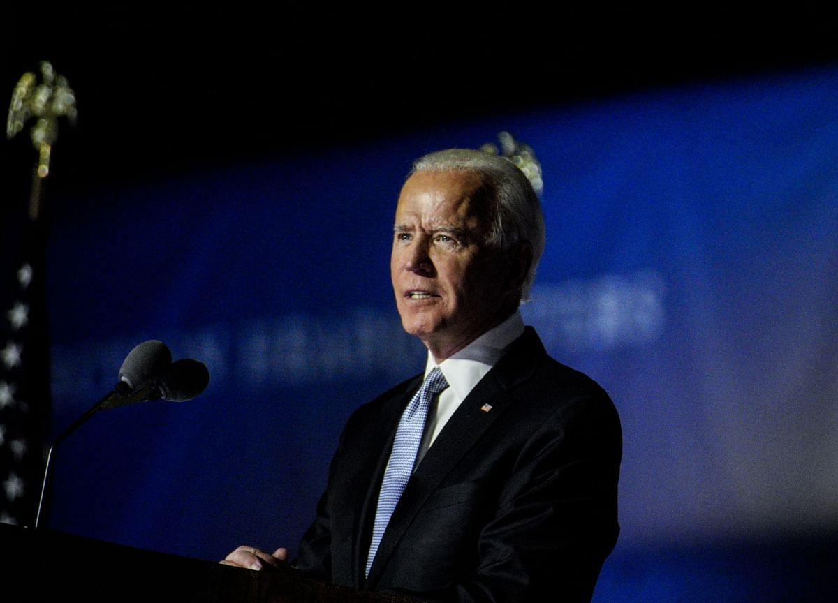 Biden Taps Government Insiders for Transition Aid as Trump Balks