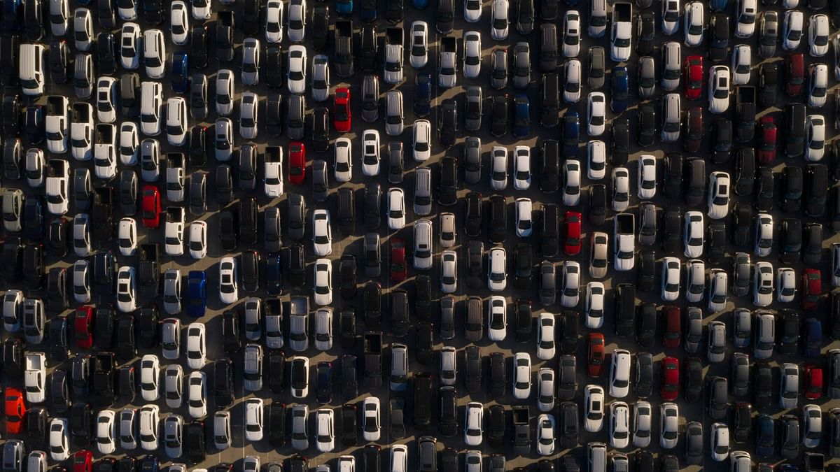 Auto Sales Fall Short Of Expectations During Festive Season