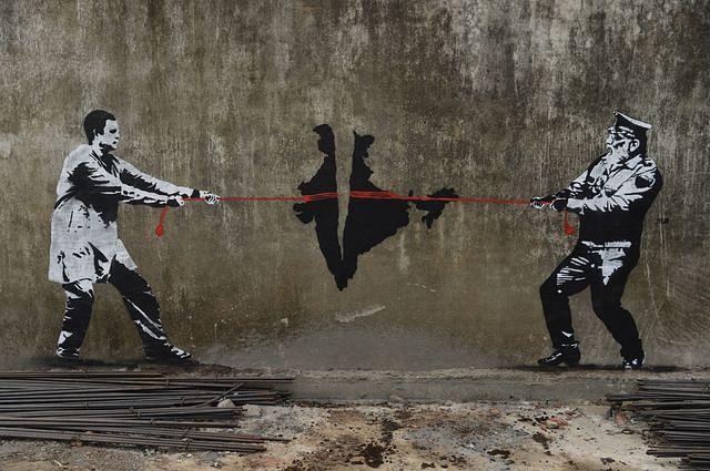 Wall graffiti in Mumbai, 2019. (Photo: Indranil Mukherjee/AFP via Getty Images)