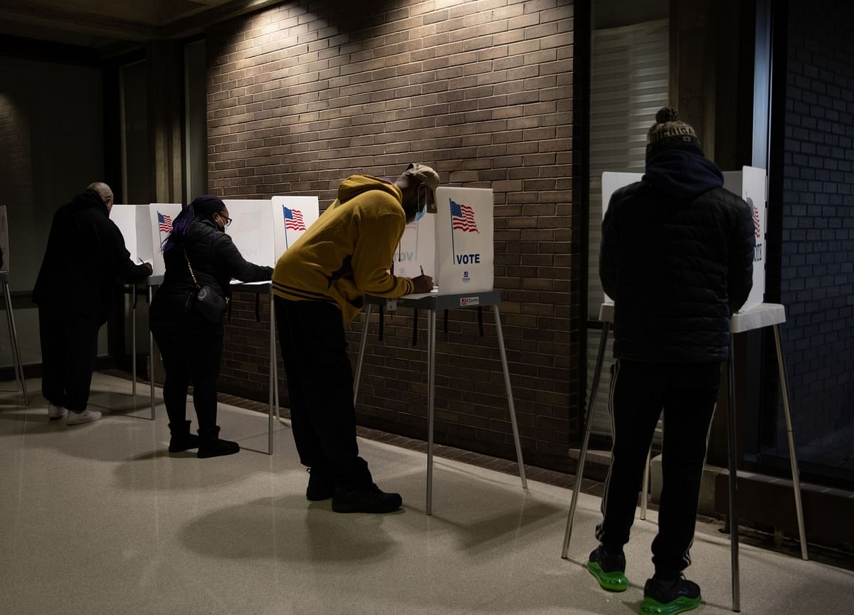 Michigan County Certifies Vote, Reversing Earlier GOP Block