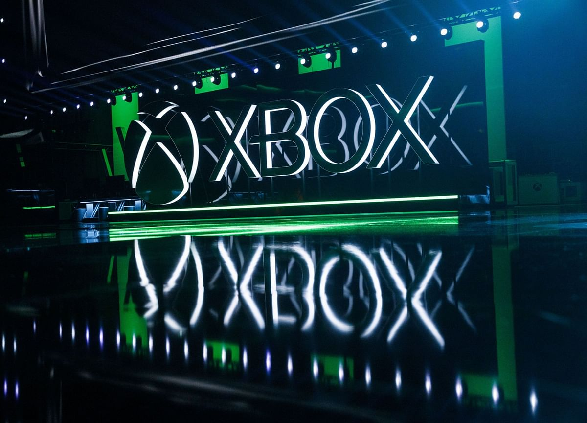 Microsoft's Online Game Services Hit by Outage on Xbox Debut