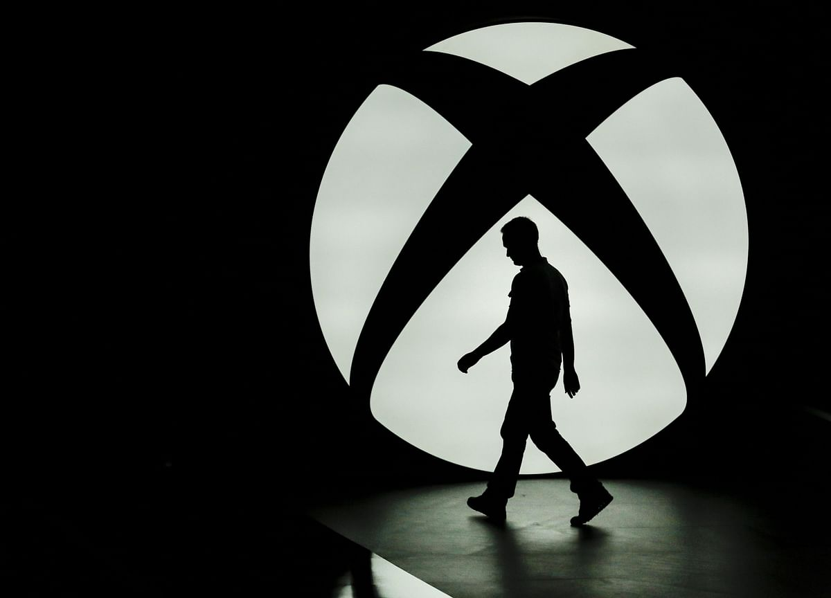 Microsoft Sets Sights on Sony's Home Turf in Console Clash