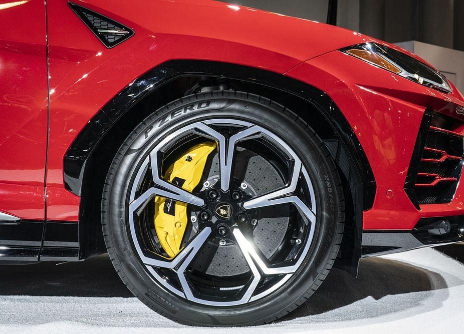 Jaguar Seeks to Block U.S. Imports of Porsche, Audi SUVs