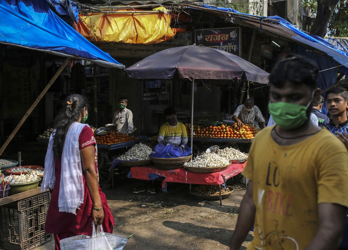India's Retail Inflation In October Jumps To Highest Since May 2014