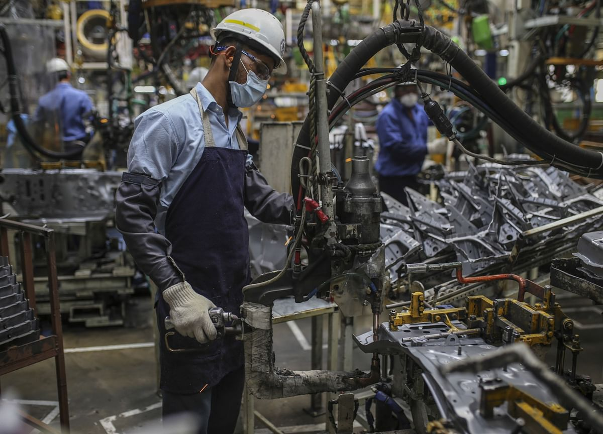 India Manufacturing PMI Climbs To The Highest In Over A Decade