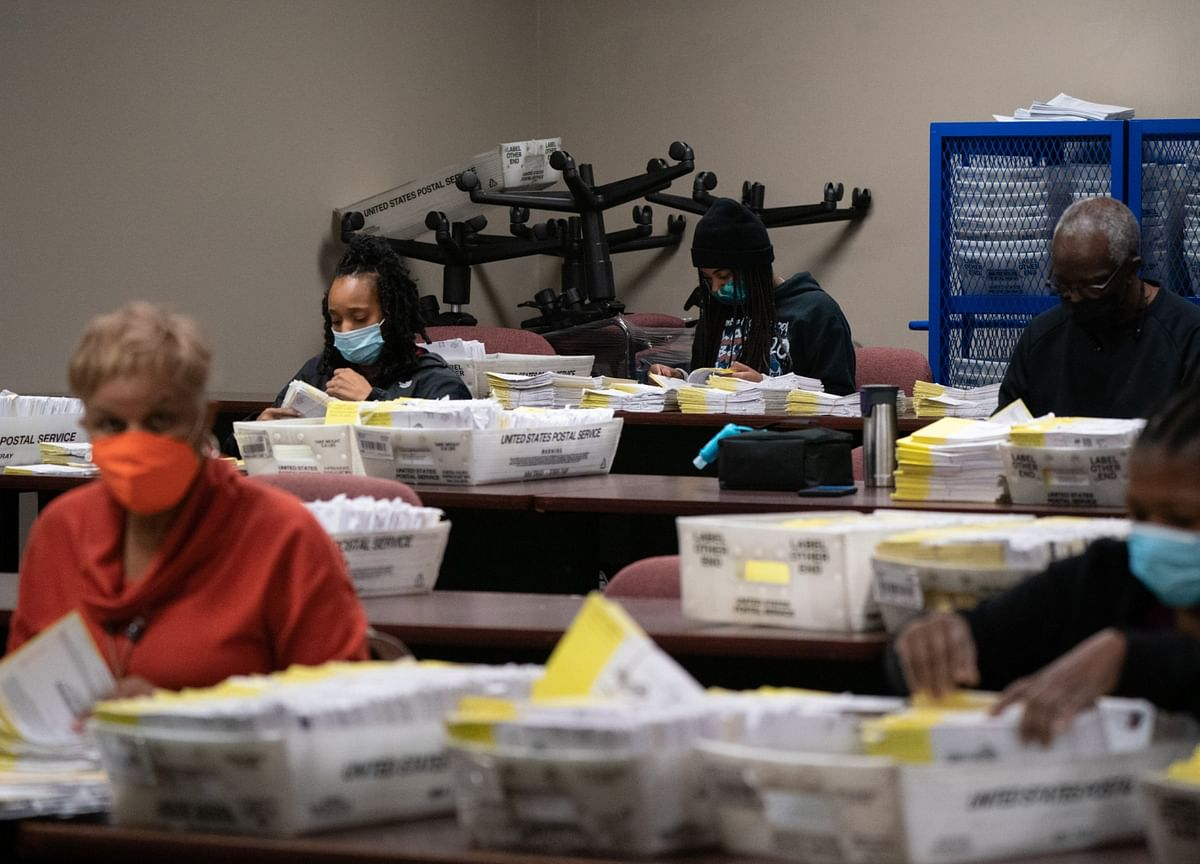 Georgia Race May Leave Senate Balance Hanging Until January