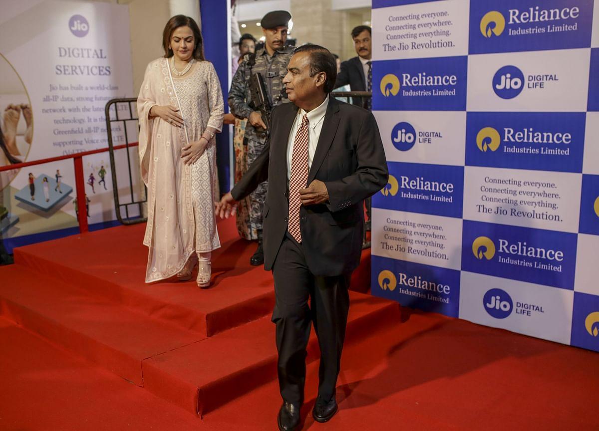 Mukesh Ambani Loses $6.5 Billion as Oil Sinks Reliance Stock