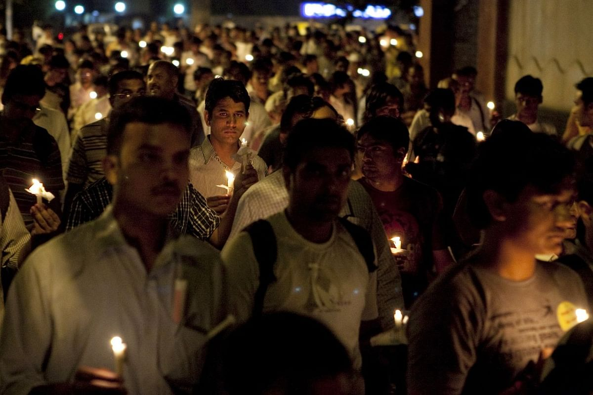 India Against Corruption candle march to support Anna Hazare, 2011. (Photo: Prashanth Vishwanathan/Bloomberg)