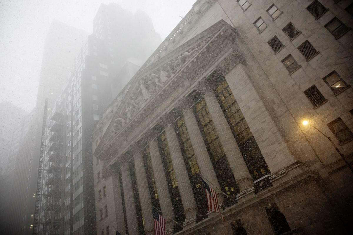 New York City Faces Heaviest December Snowfall in a Decade