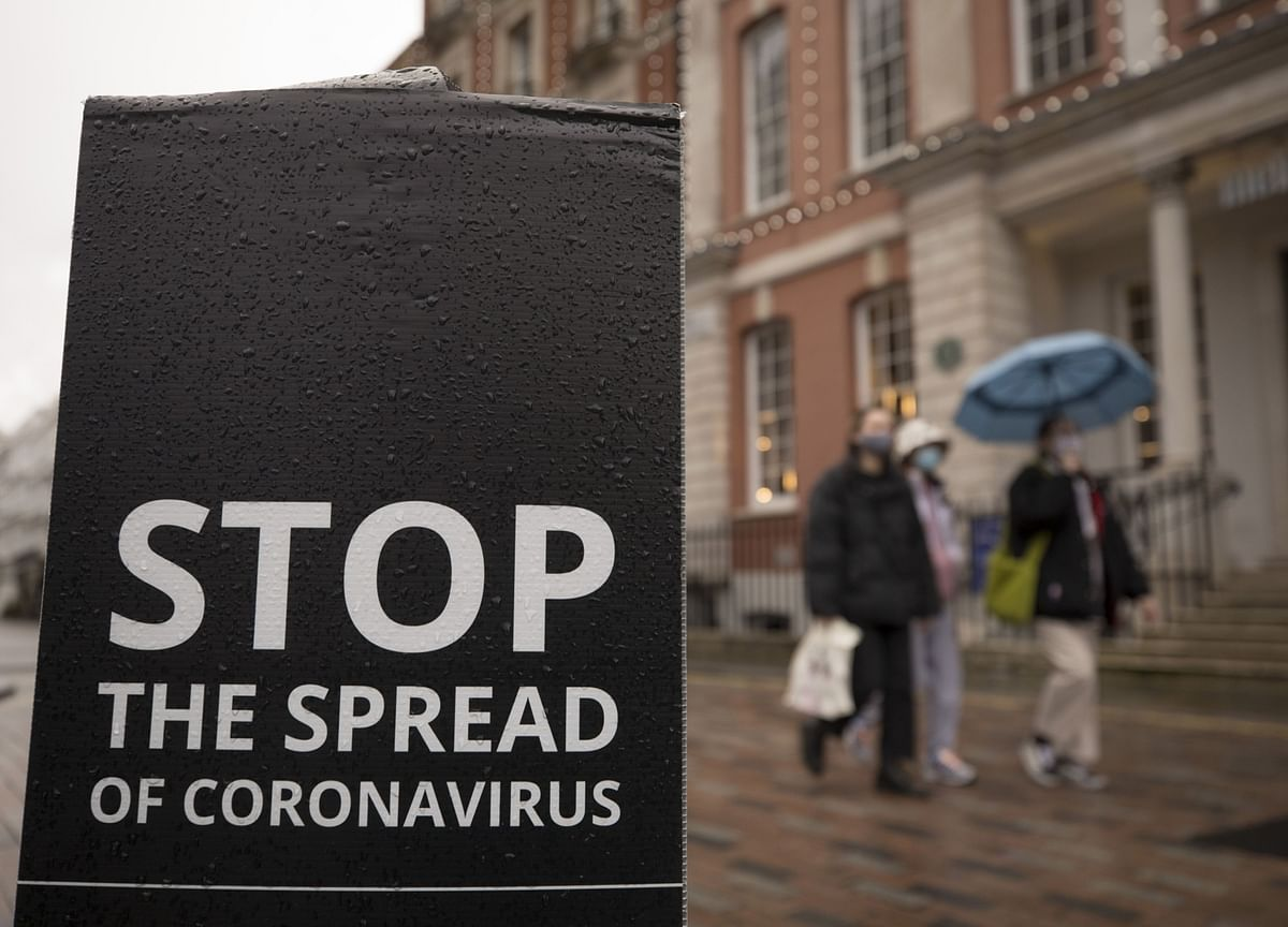 Covid Infection Rates in England Fall in Boost for Johnson