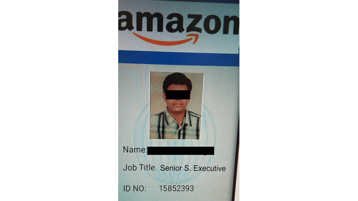 Image of an Amazon ID card shared by scamsters.