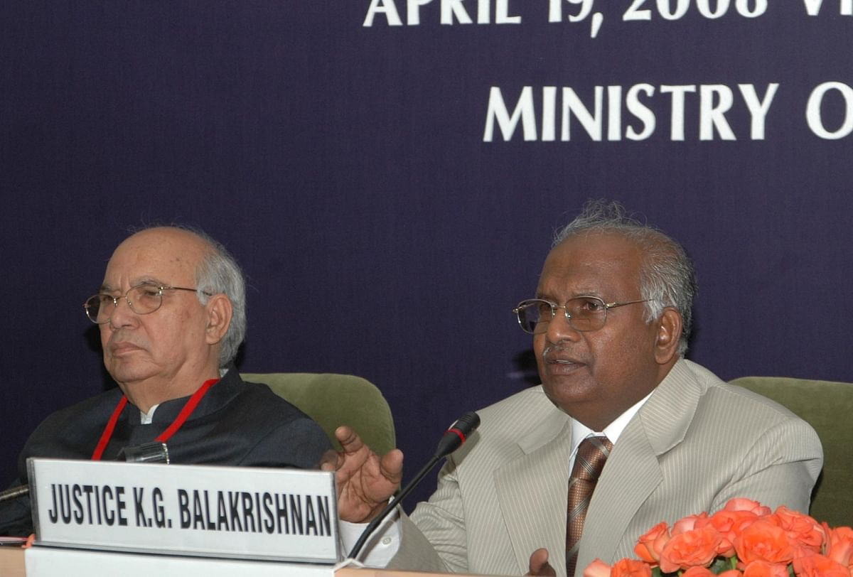 Chief Justice of India KG Balakrishnan  at a conference, in New Delhi, on April 19, 2008. (Photograph: PIB)