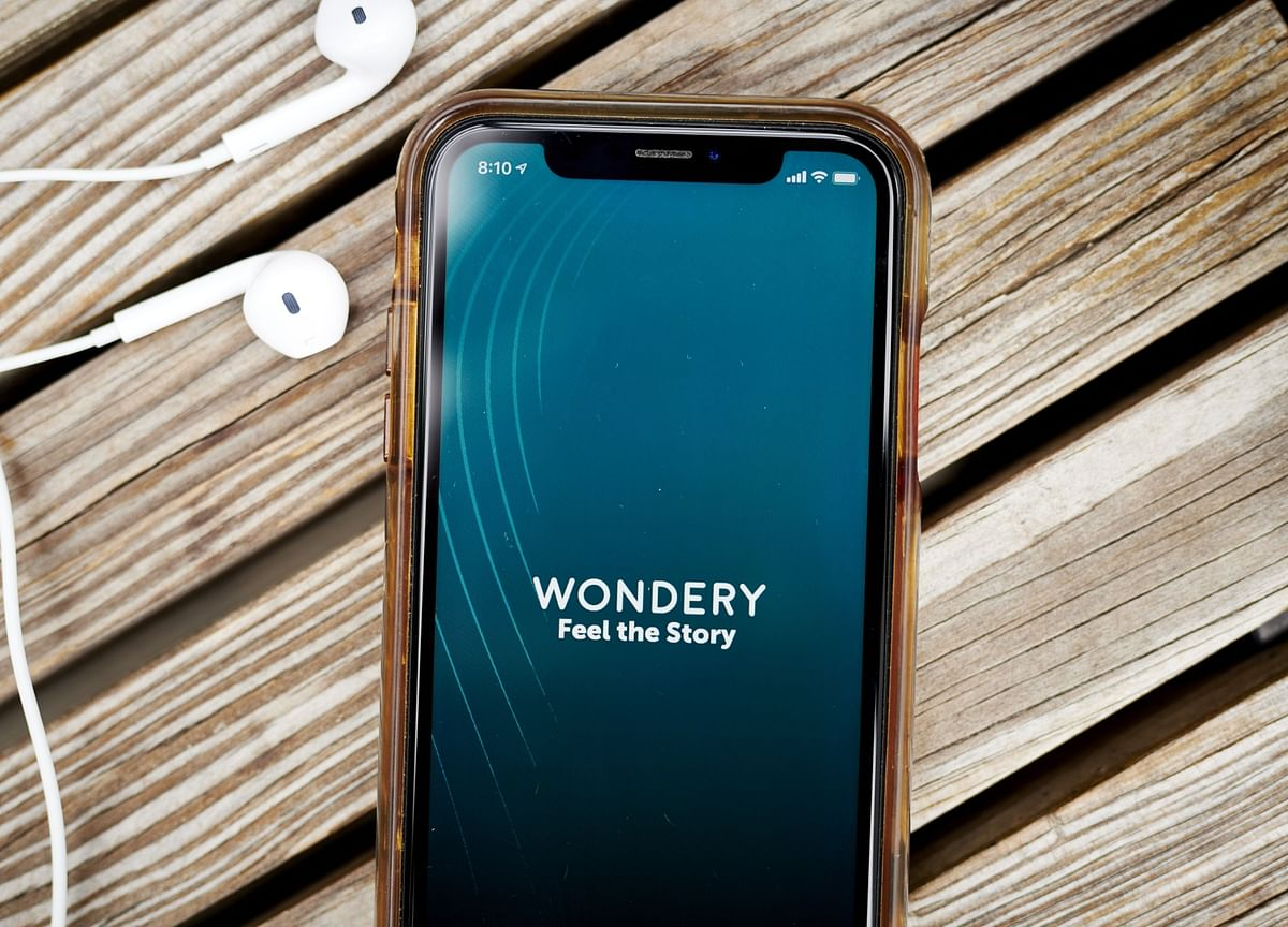 Amazon Pulls Into Lead to Acquire Podcaster Wondery, WSJ Says