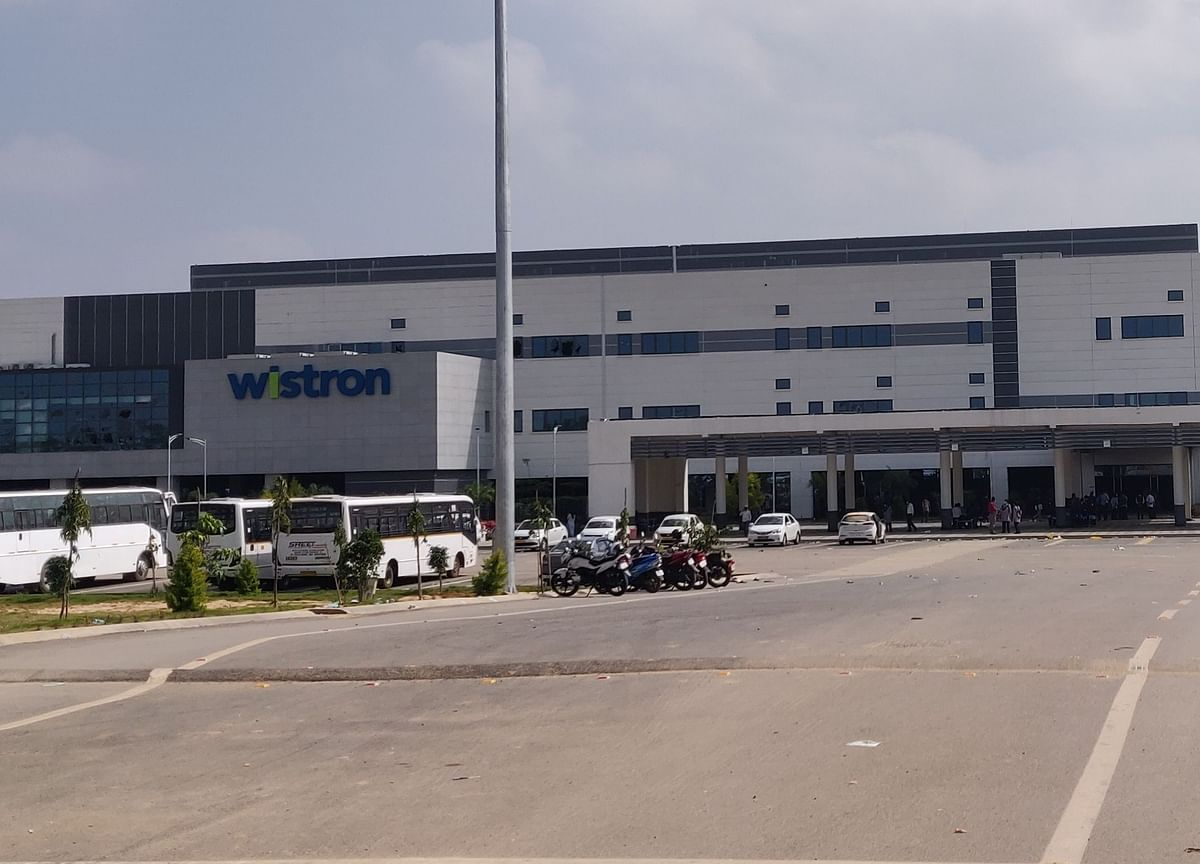 Apple Partner Wistron to Restart Riot-Hit iPhone Factory in India