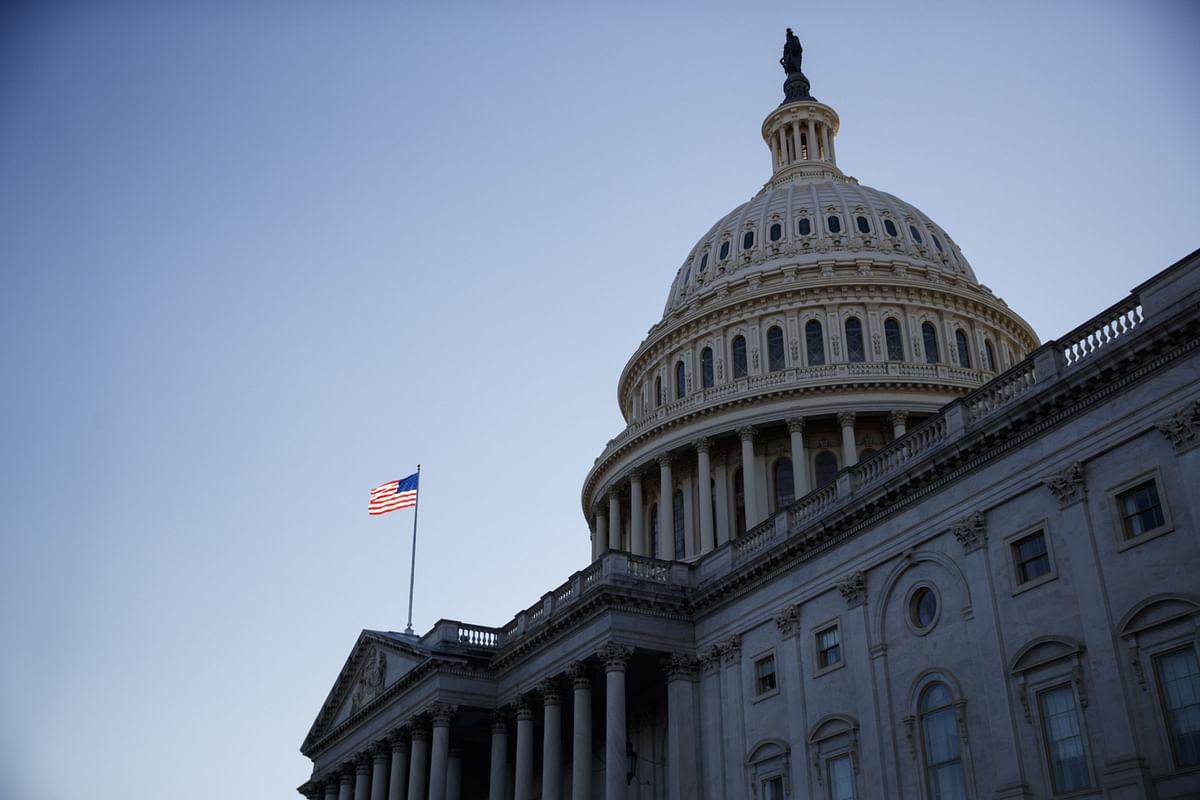 Senate Sets Defense Bill Veto Override in Motion for Weekend