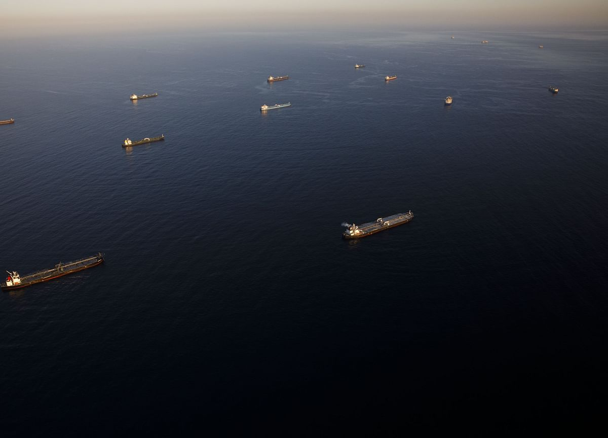 Oil-Hungry Asia Lures Armada of Tankers Carrying U.S. Crude