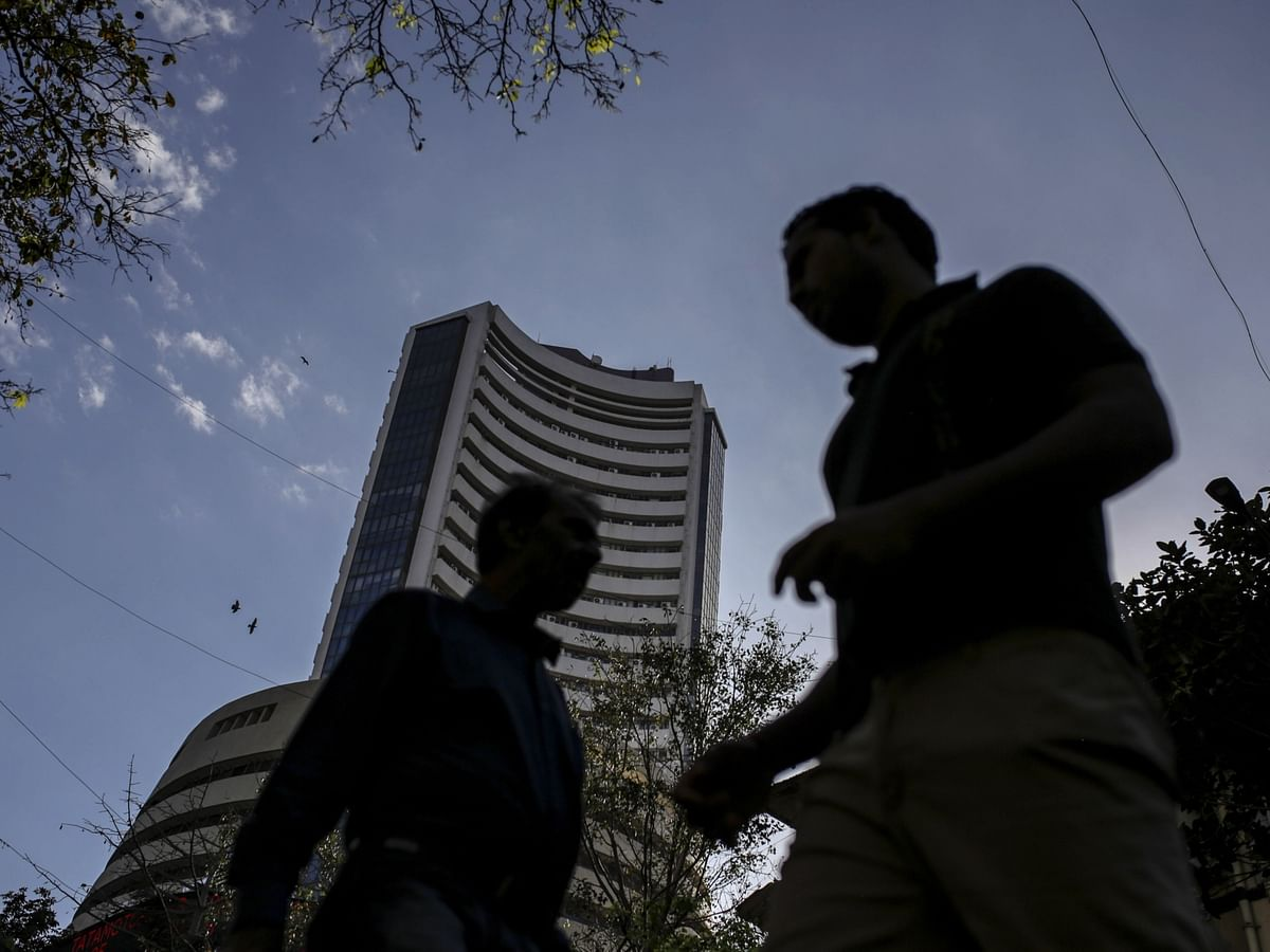 In A First, SEBI Restrains A Television Anchor From Dealing In Securities