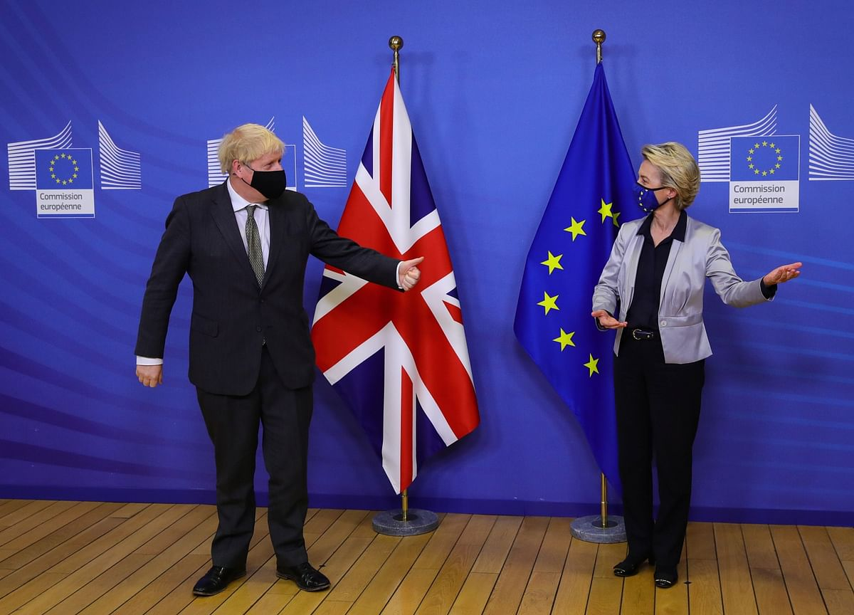 Johnson and EU Keep Brexit Talks Alive, Raising Hopes of a Deal