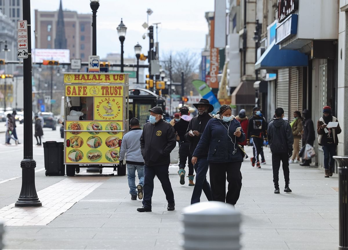 U.S. Downtowns Yearn for Vaccine as Merchant Traffic Off 70%
