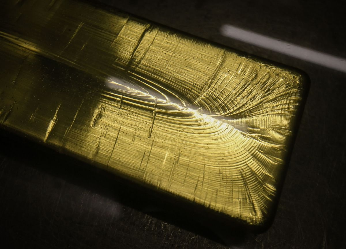 Gold Heads for Best Close in Six Weeks as Trump Signs Stimulus