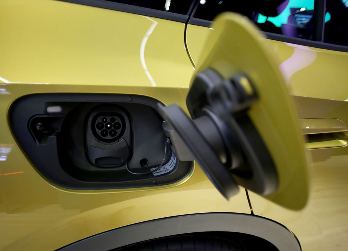 We're Still Only Halfway toElectric Cars