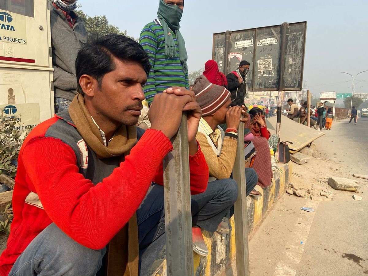 Construction workers wait at the labour chowk. (Source: Nishant Sharma/BloombergQuint)
