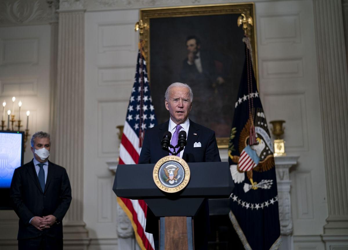 Biden Presses Putin in First Call Over Cyberattack, Ukraine