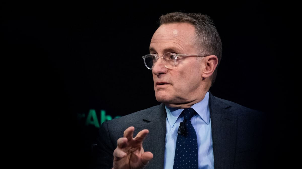 Howard Marks Wades Into Growth Vs Value Investing Debate. No Winner There.
