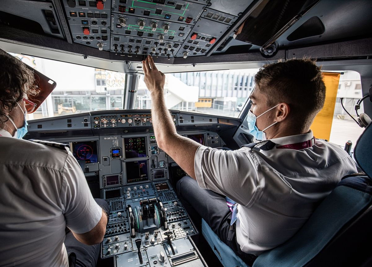 Most of the World's Pilots Are No Longer Flying for a Living